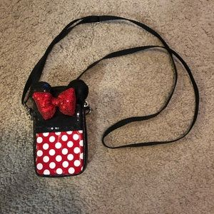 Disney parks cell phone crossbody purse